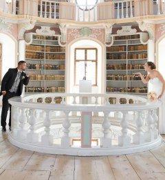 Photoshooting Bibliothek_St. Mang © Füssen Tourismus und Marketing